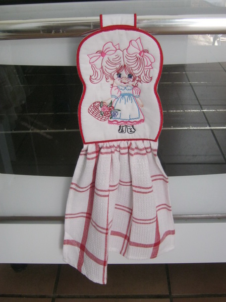 Cutie-Pie Towel Topper 1